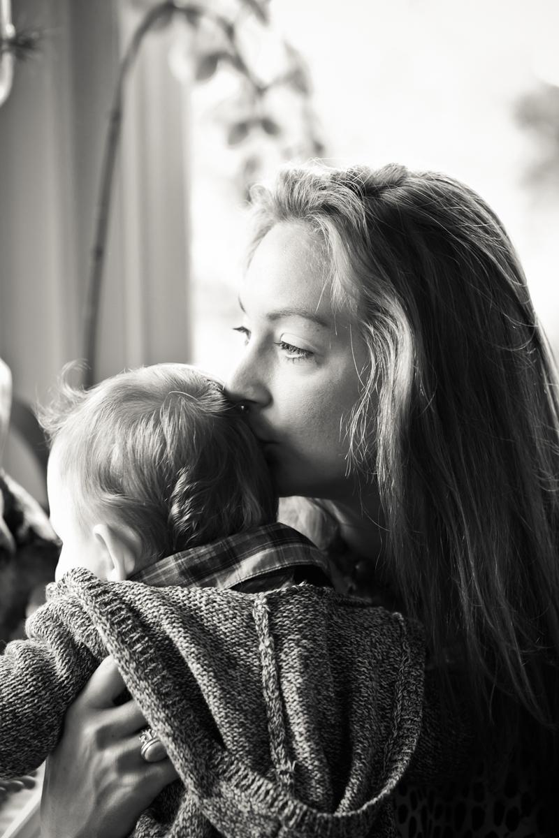 Candid-Family-Photographer-Portland-012b