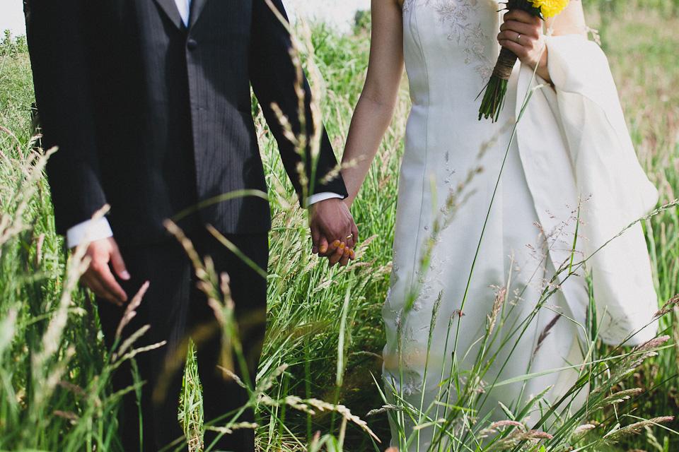 Jennifer-Paul-Postlewaits-Portland-Farm-Wedding-022