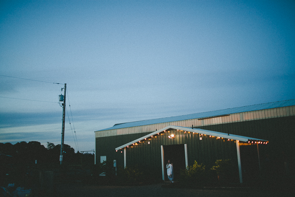 Jennifer-Paul-Postlewaits-Portland-Farm-Wedding-050