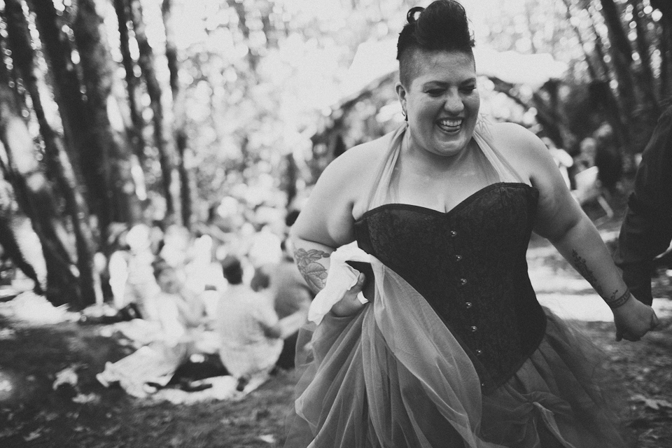 photojournalistic wedding photographer portland