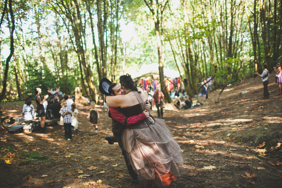 photojournalistic wedding photographer portland