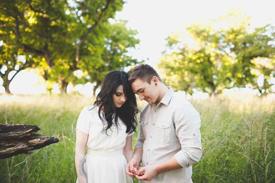 indie engagement photographer