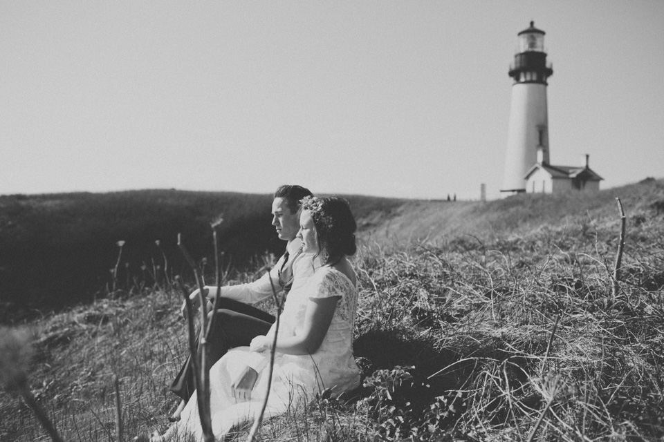yaquina head lighthouse wedding