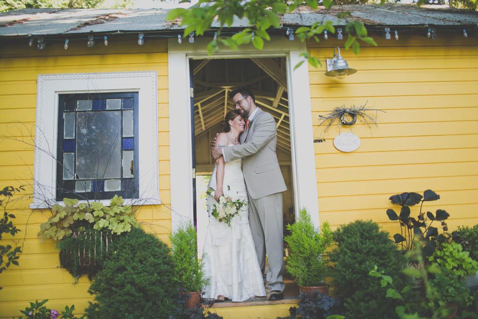 Mt hood organic farms wedding for 220 salon portland or