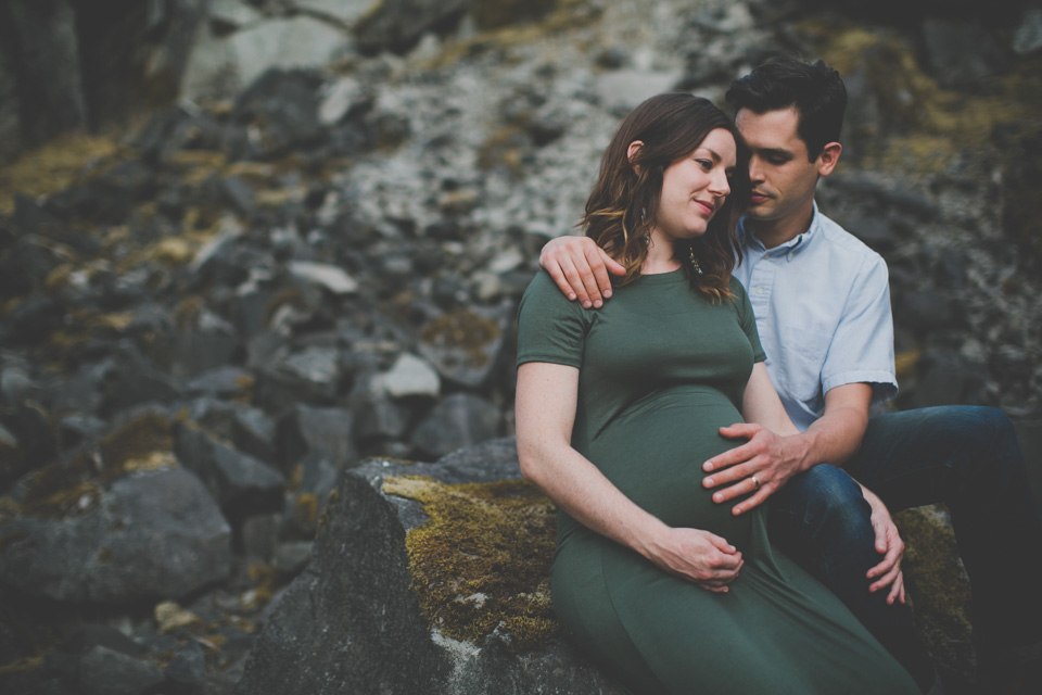 maternity photographer, Portland, OR