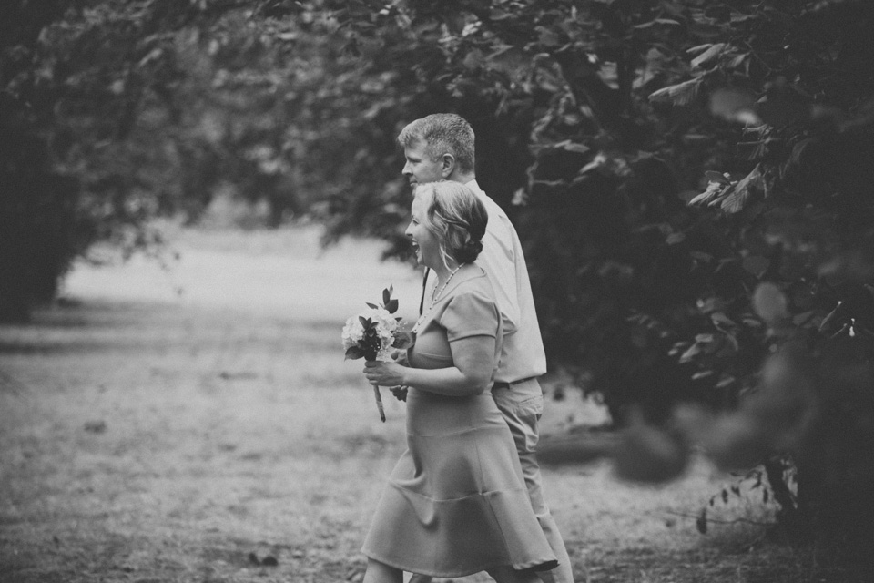 photojournalistic wedding photographer Portland, OR