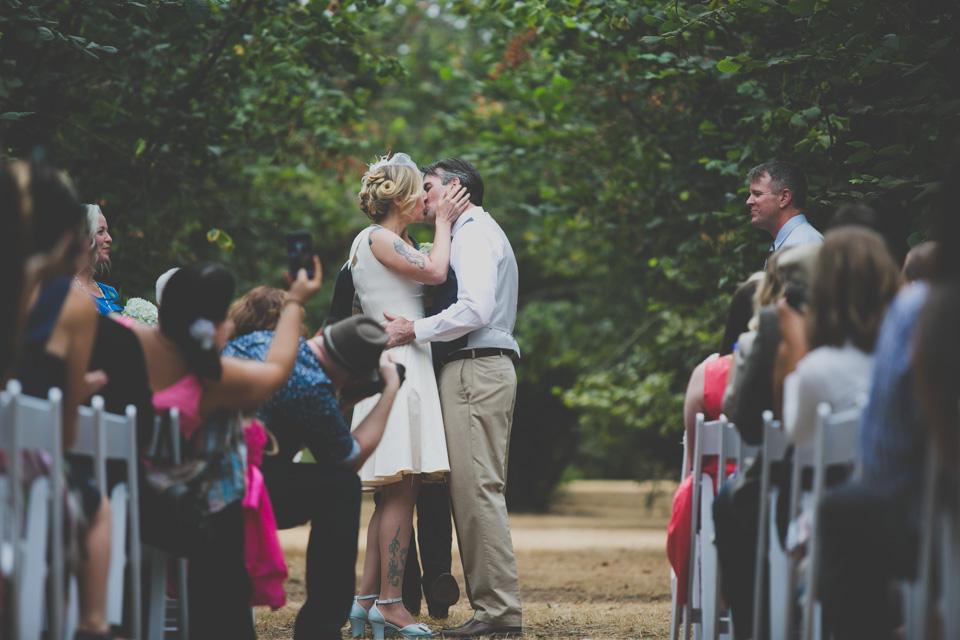 Oregon cabin wedding